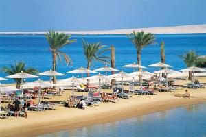 5,12 Decembrie – Hurghada din Cluj – 4 All inclusive de la 284 eur/pers (taxe incluse)